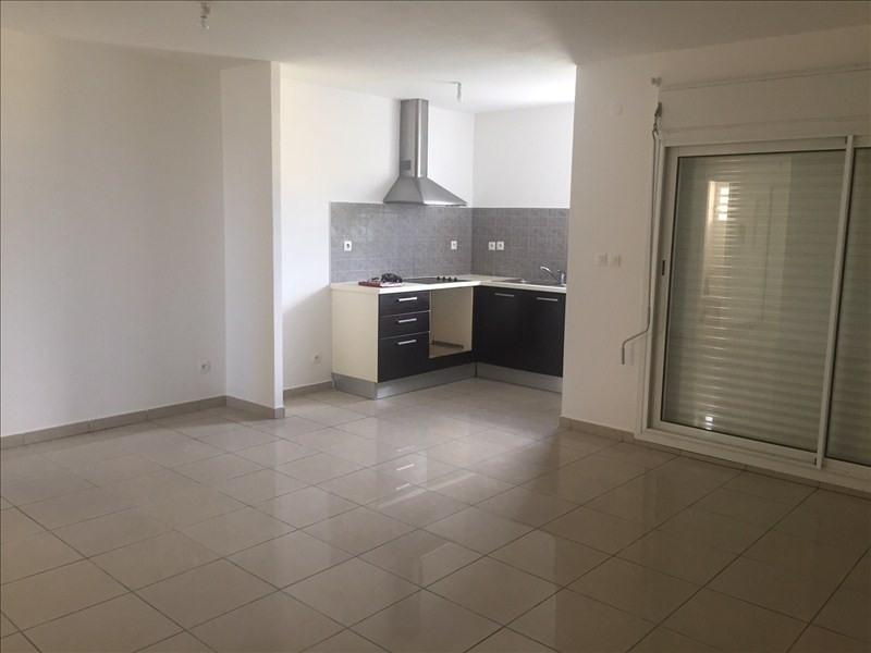 Sale apartment St pierre 110000€ - Picture 3