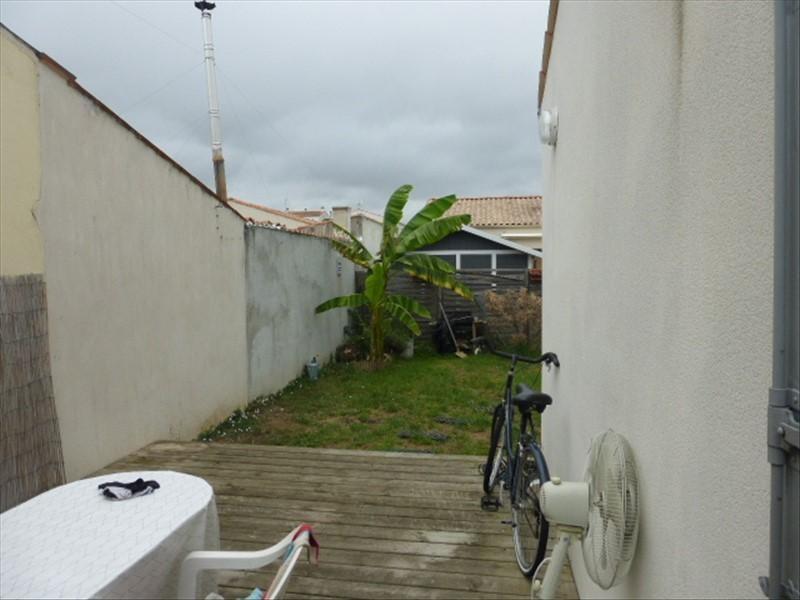 Sale house / villa Rochefort 180000€ - Picture 4
