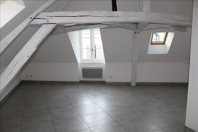 Rental apartment Auxerre 480€ +CH - Picture 3