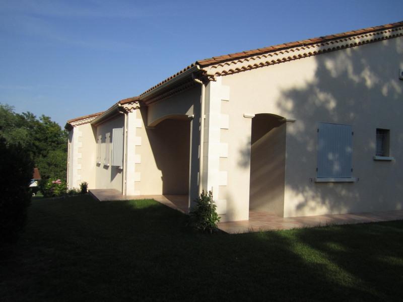 Sale house / villa Barbezieux saint-hilaire 346725€ - Picture 4