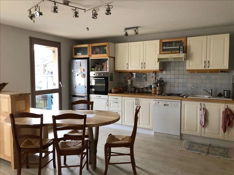 Sale house / villa Combs la ville 235000€ - Picture 3