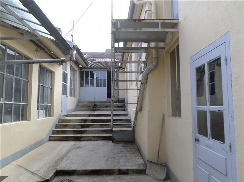 Sale house / villa Oyonnax 120000€ - Picture 1