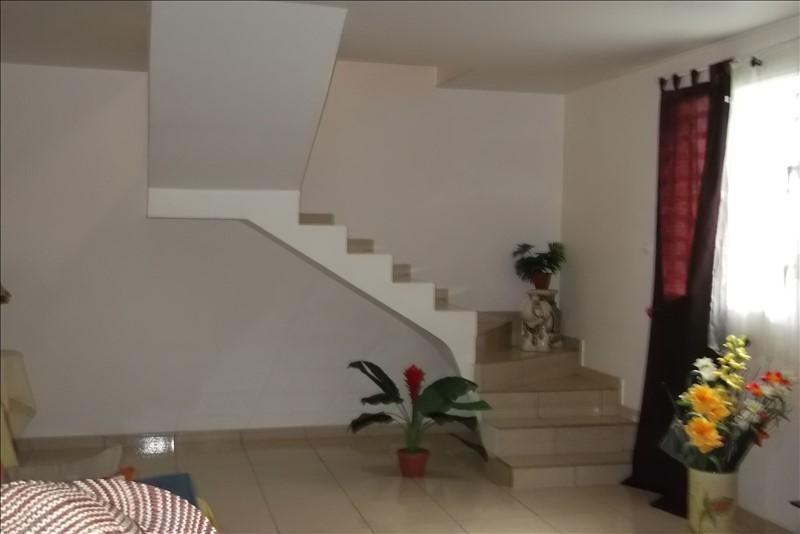 Rental apartment Lamentin 950€ +CH - Picture 2