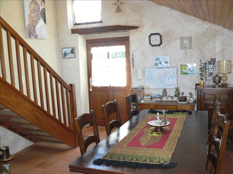 Sale house / villa Guillac 400 750€ - Picture 4