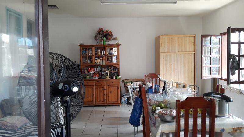 Sale house / villa Le port 162000€ - Picture 6