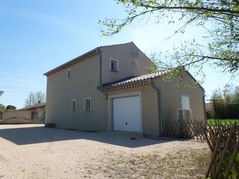 Location maison / villa Lapeyrouse mornay 850€ CC - Photo 3