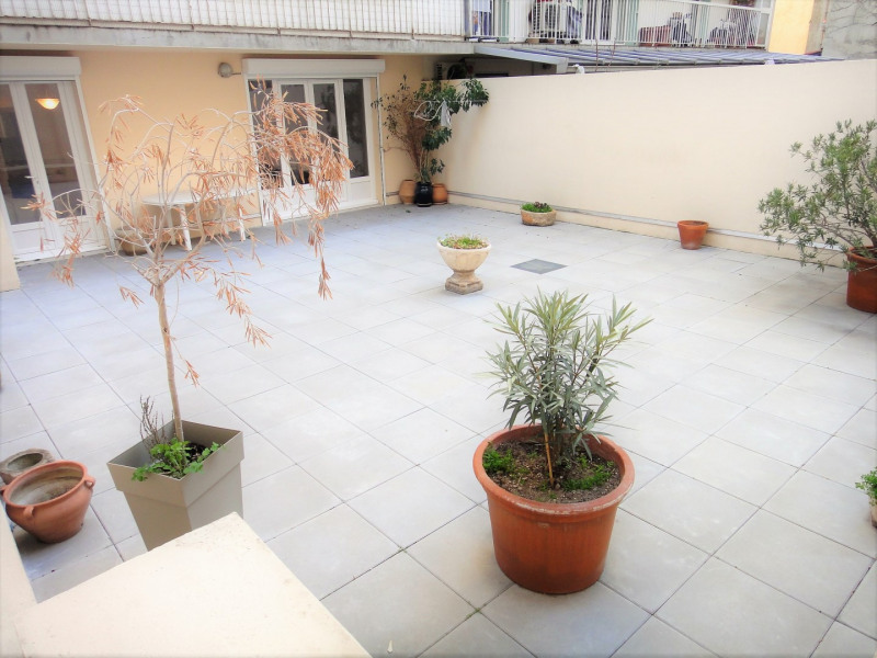Location appartement Marseille 4ème 750€ CC - Photo 2