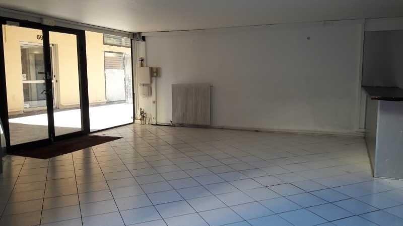 location bureau paris 10 me paris 75 145 m r f rence n 614294w. Black Bedroom Furniture Sets. Home Design Ideas