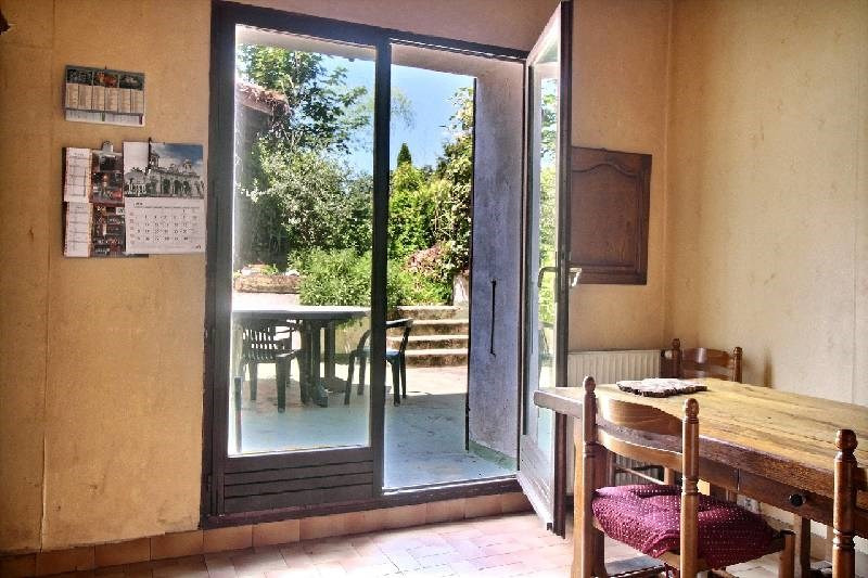 Sale house / villa Charly 326000€ - Picture 1