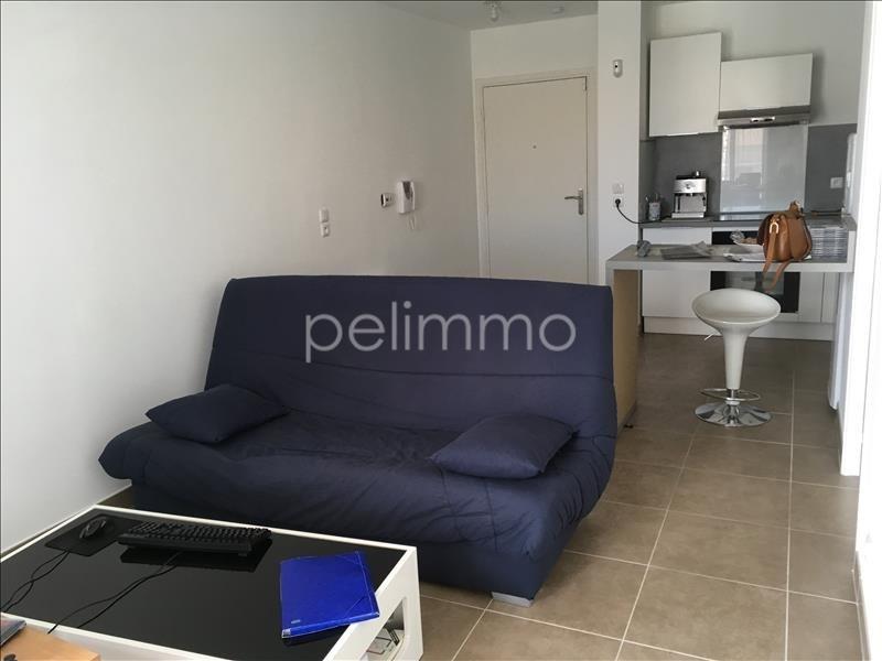 Rental apartment Salon de provence 700€ CC - Picture 2