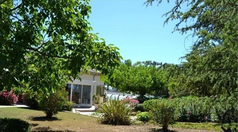 Deluxe sale house / villa Montbazin 750000€ - Picture 2