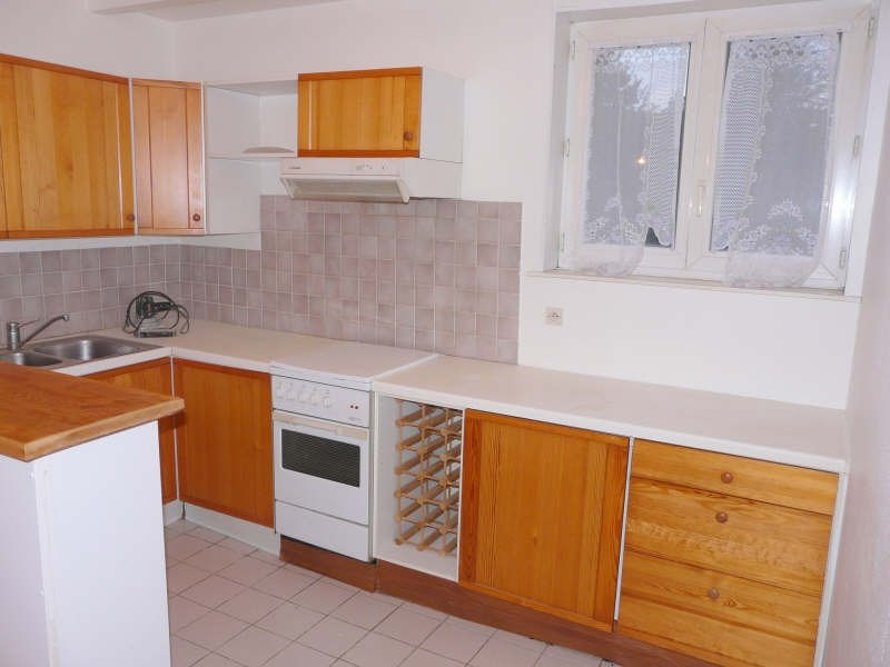 Rental apartment St omer 380€ CC - Picture 3
