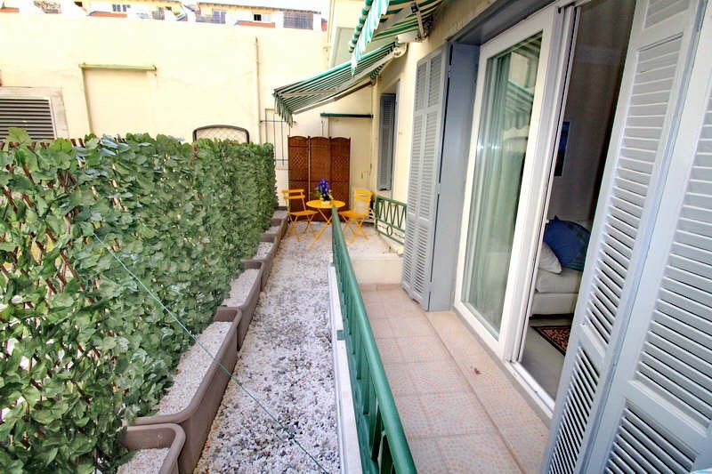 Vendita appartamento Nice 395000€ - Fotografia 9