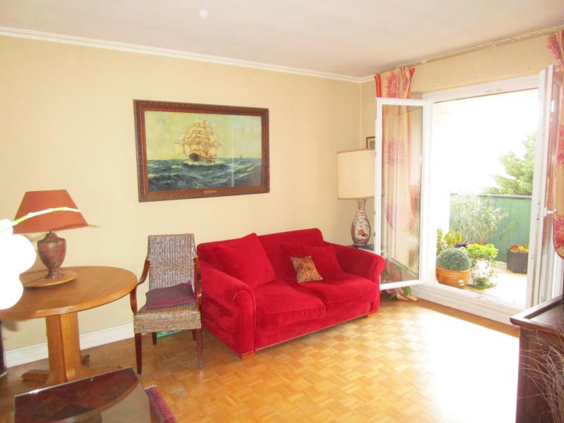 Sale apartment Versailles 312000€ - Picture 2