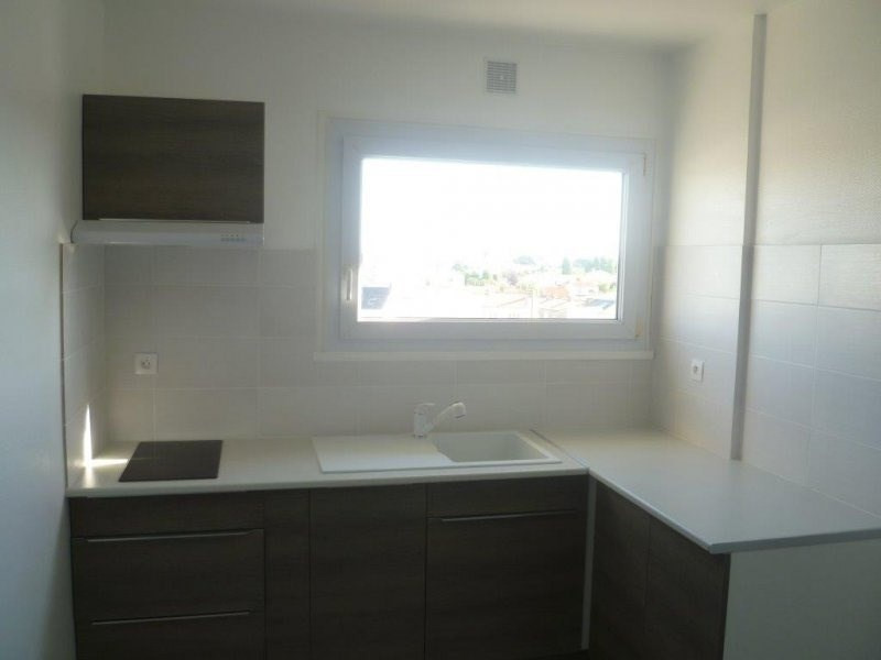 Sale apartment Les sables d olonne 194000€ - Picture 2