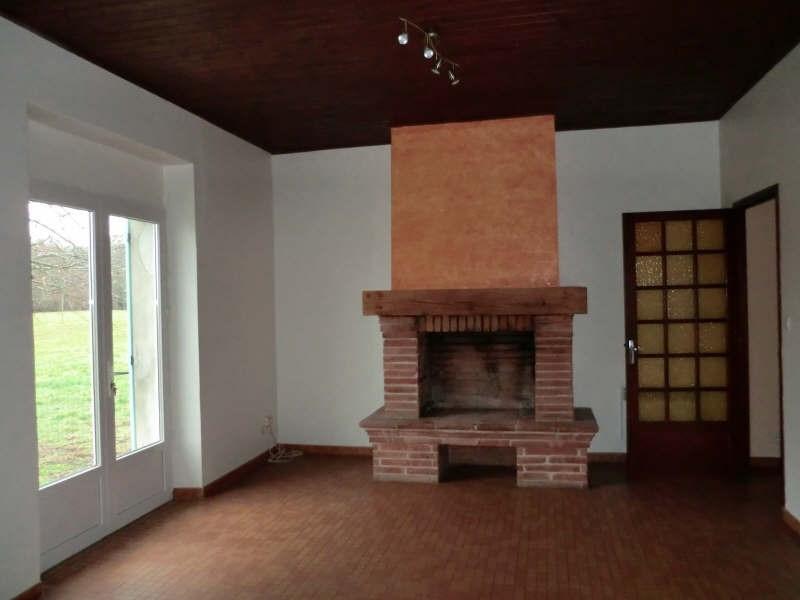 Location maison / villa Fronton 764€ CC - Photo 2