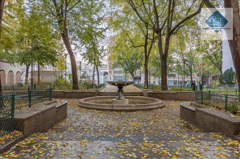 Deluxe sale apartment Paris 10ème 970000€ - Picture 7