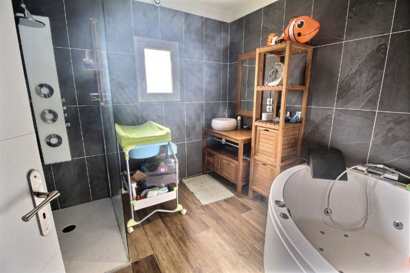 Vente maison / villa Bellegarde 289000€ - Photo 8