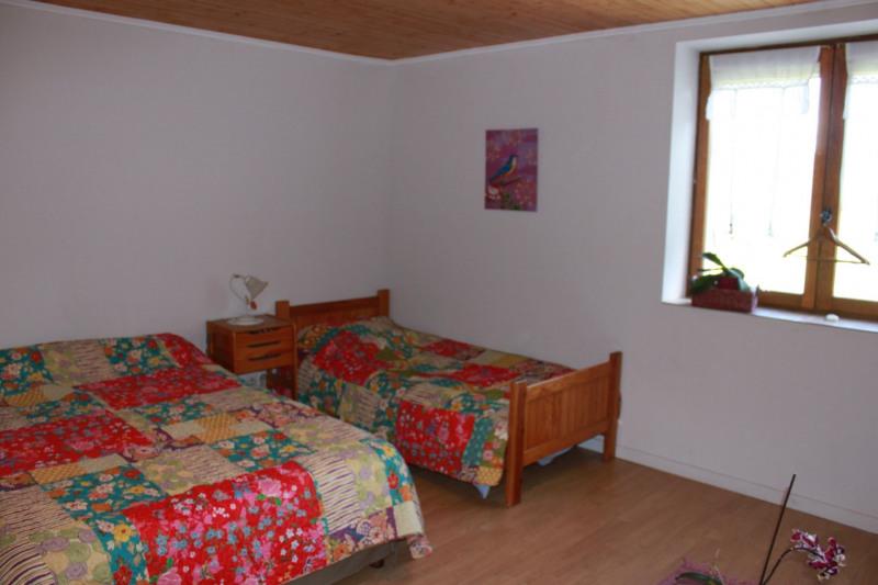 Sale house / villa Montseveroux 364500€ - Picture 17
