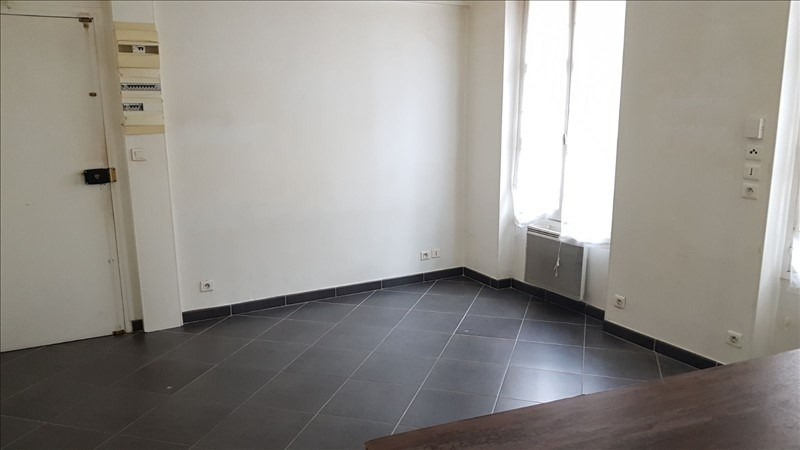 Location appartement St germain en laye 725€ CC - Photo 3