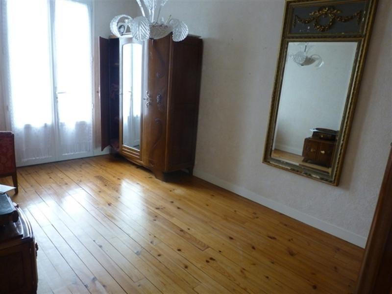 Sale house / villa Saint-jean-d'angély 117100€ - Picture 3