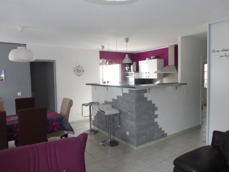 Sale house / villa Rochefort 180000€ - Picture 2