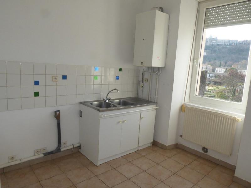 Location appartement Aubenas 419€ CC - Photo 3