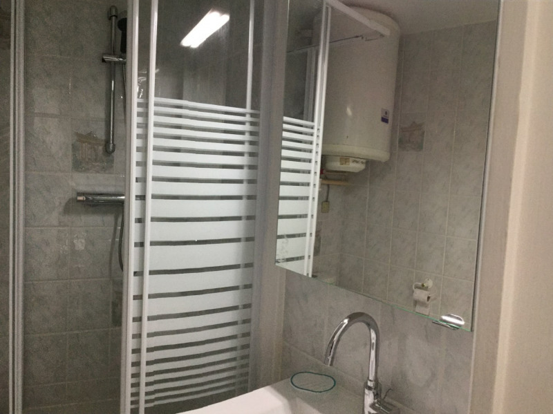Rental apartment Fontainebleau 2 100€ CC - Picture 16
