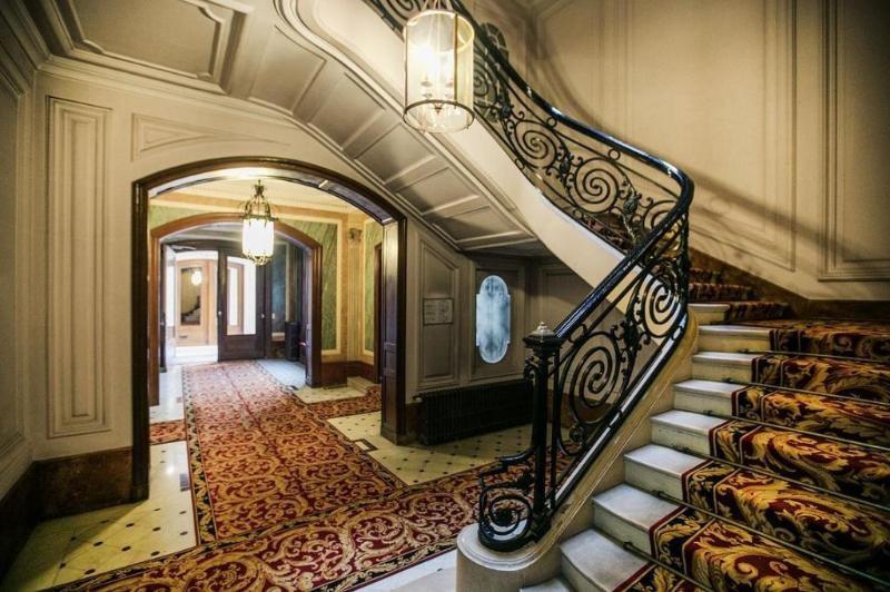 Location appartement Paris 8ème 1470€ CC - Photo 6