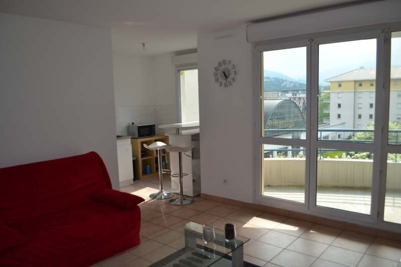 Location appartement Chambery 538€ CC - Photo 1