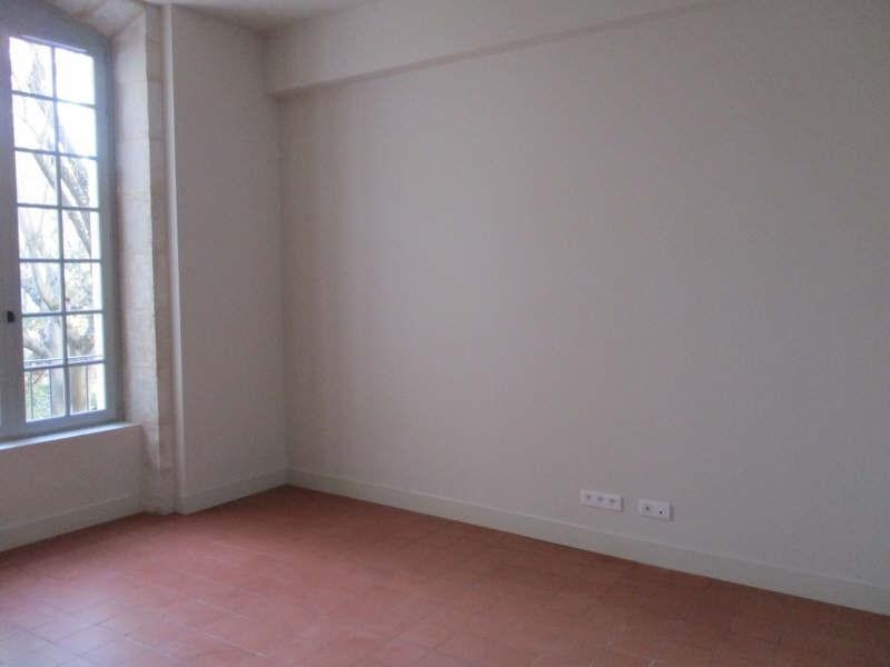 Verhuren  appartement Nimes 606€ CC - Foto 2