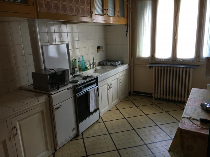 Sale house / villa Labastide rouairoux 98000€ - Picture 3