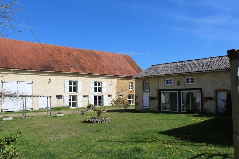 Deluxe sale house / villa Roanne 320000€ - Picture 2