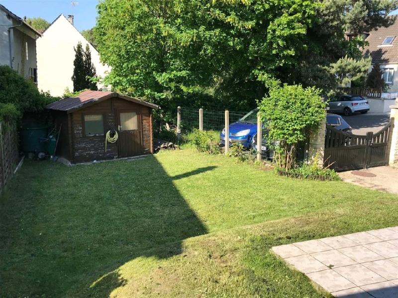 Sale house / villa Mery sur oise 325500€ - Picture 9