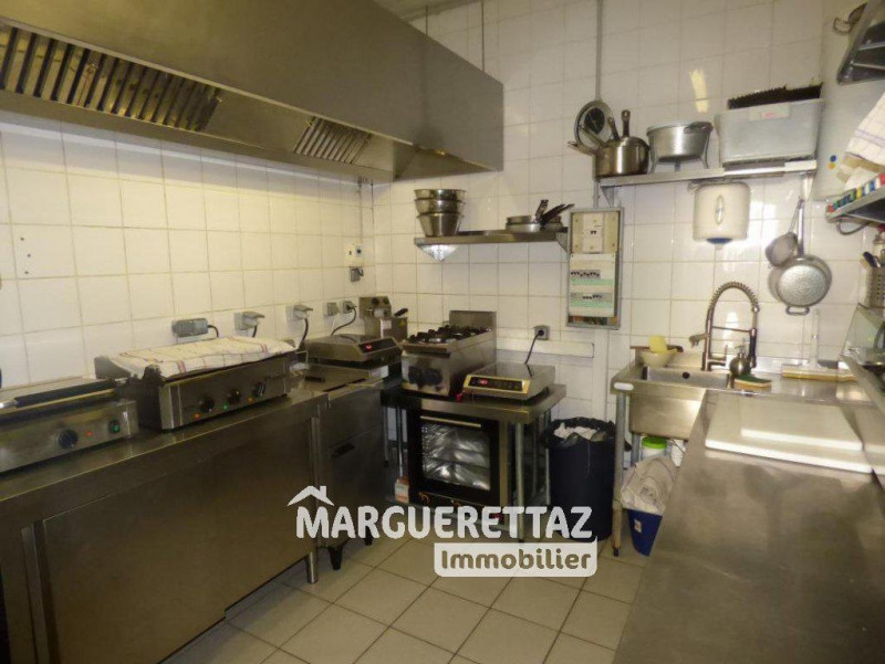 Commercial property sale shop Morillon 262 500€ - Picture 6