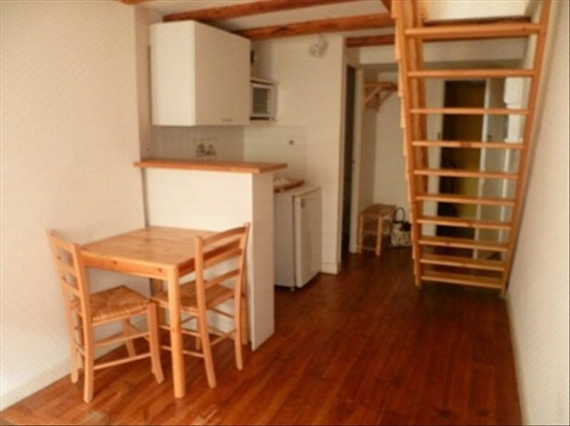 Location appartement Le puy en velay 296,75€ CC - Photo 1
