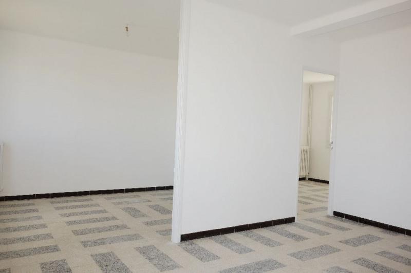Verhuren  appartement Seyne sur mer 820€ CC - Foto 4