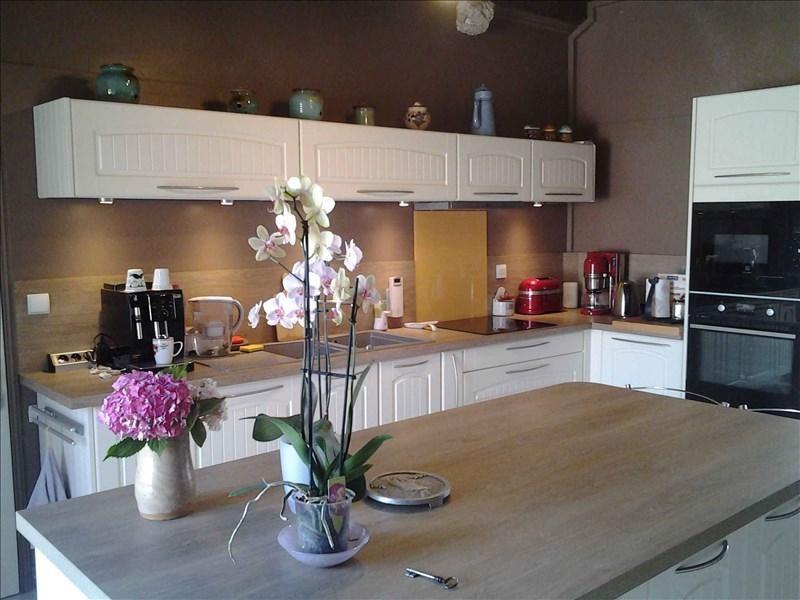 Sale house / villa Vineuil 348000€ - Picture 2