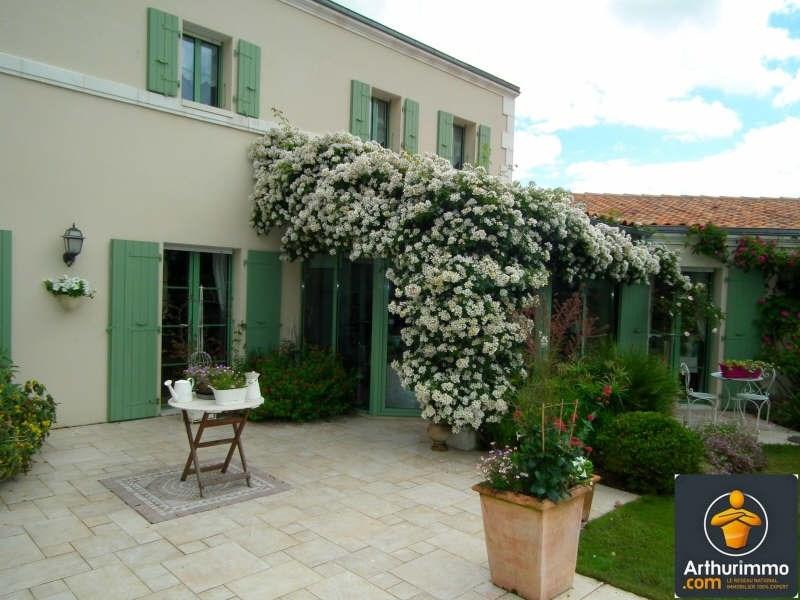 Deluxe sale house / villa Matha 685000€ - Picture 6