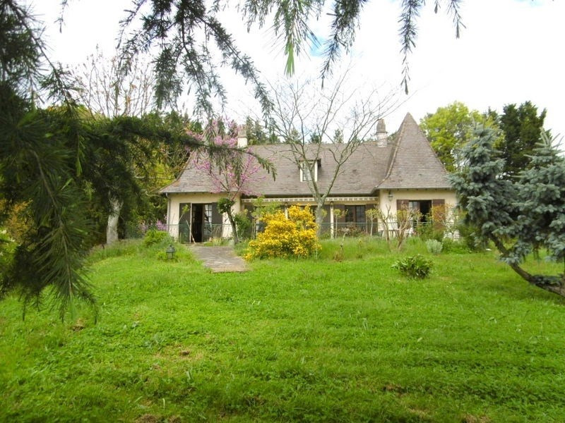 Sale house / villa St laurent des hommes 265 000€ - Picture 6