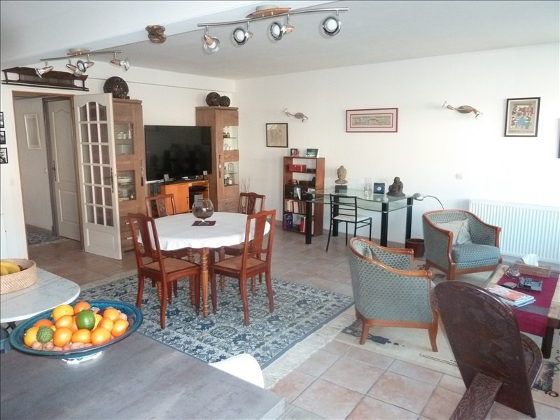 Sale apartment Pau 183 000€ - Picture 2