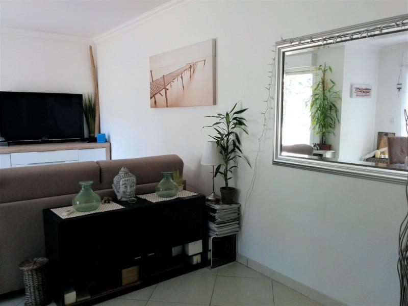 Sale apartment Cavalaire sur mer 220000€ - Picture 2