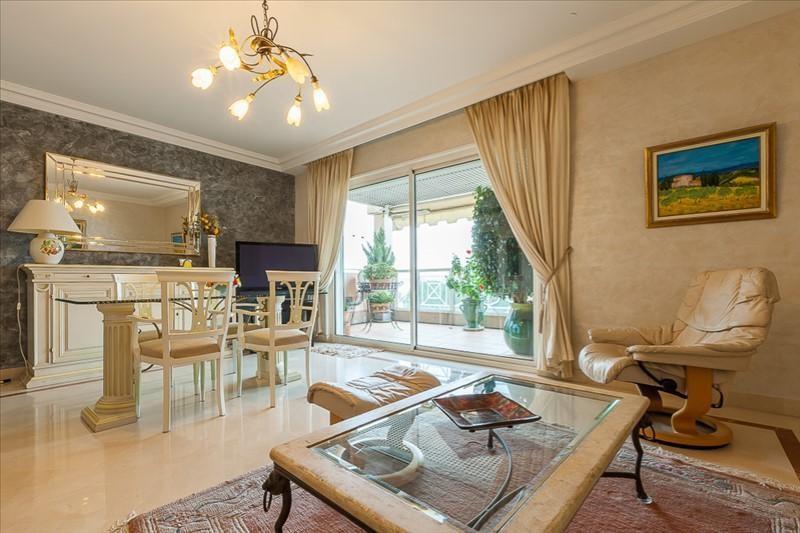 Deluxe sale apartment Le golfe juan 550000€ - Picture 1