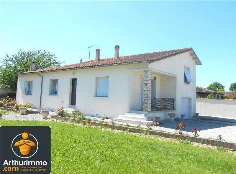Sale house / villa St jean d angely 133 125€ - Picture 1