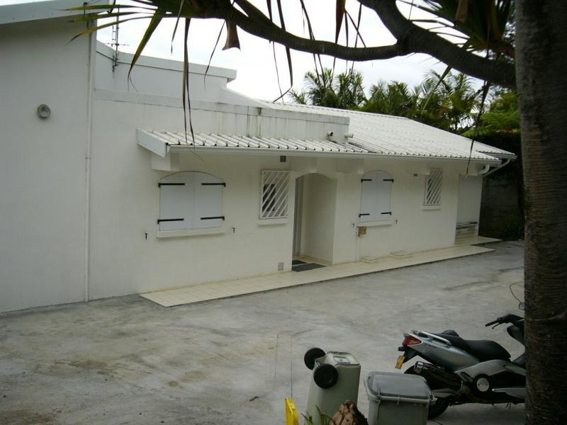 Location maison / villa St francois 2862€ CC - Photo 7