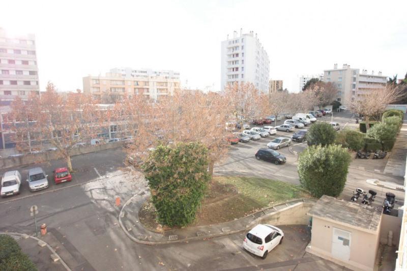 Rental apartment Marseille 700€ CC - Picture 1