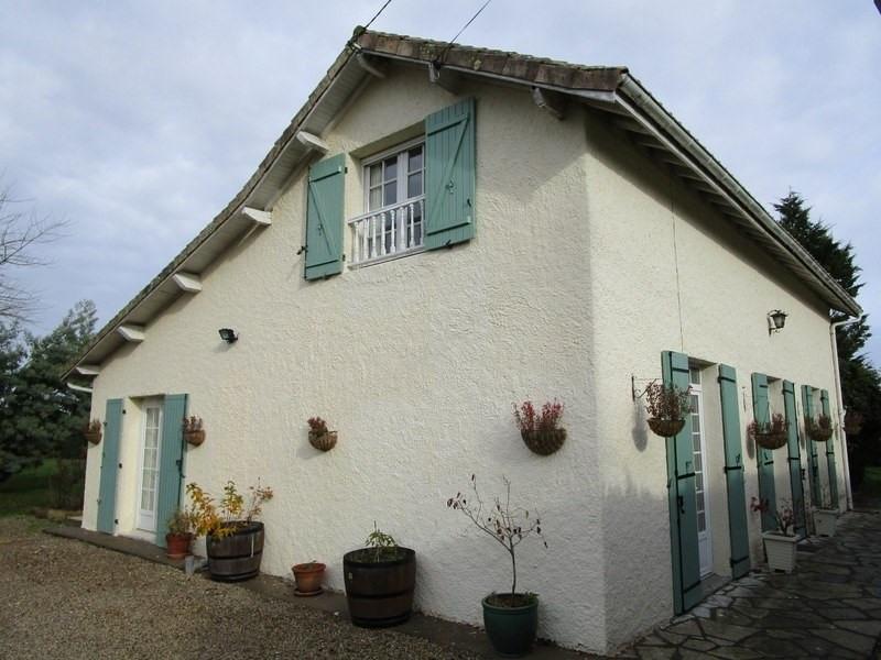 Vente maison / villa Bonneville et st avit de f 219500€ - Photo 1