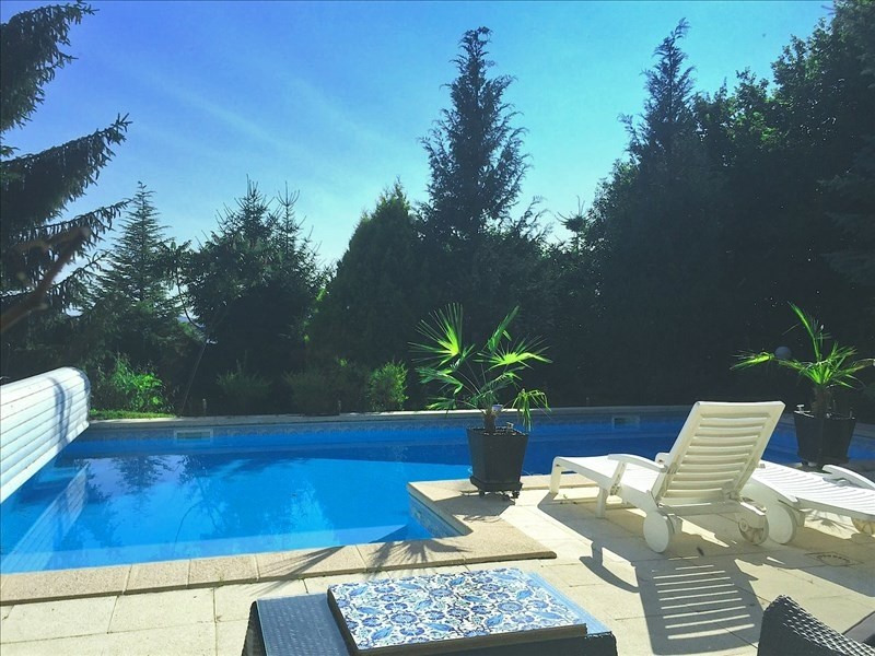 Deluxe sale house / villa Lucinges 755 000€ - Picture 2
