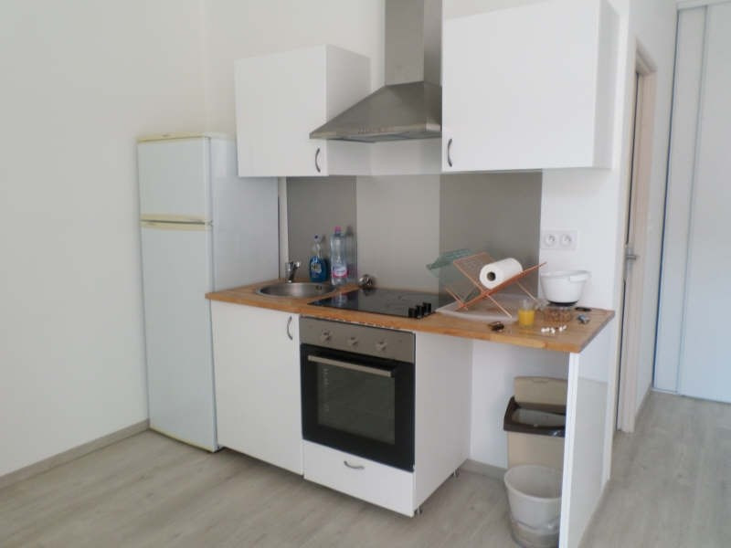 Location appartement Salon de provence 442€ CC - Photo 3