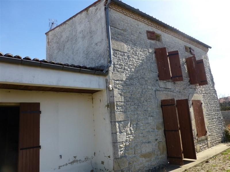 Sale house / villa Les églises d'argenteuil 73000€ - Picture 1
